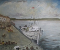 Barco de pesca en el muelle