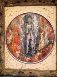 Mujer en la pared.