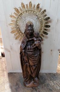 Virgen de la basílica El Pilar